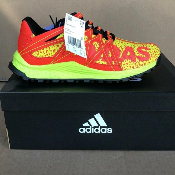 9165e60db47da 2  60 Adidas Vigor Bounce J Trail CQ1457